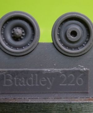 1/72 Wheels for M2/3, AAV7, M270, early
